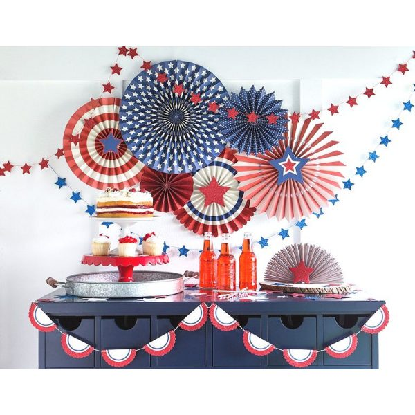 8 Stars & Stripes Deluxe Party Fans Set-0